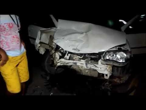 Condutor de veículo de passeio bate de frente em carreta na AL 110 em Arapiraca