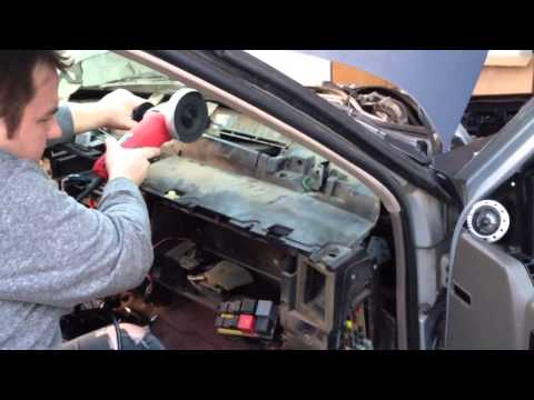 Download link Youtube: NOT A HOW-TO: Redneck Heater Core Access in a Grand Cherokee
