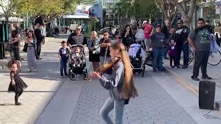 Street Music Grils Like You - By Karolina violin