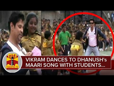 Vikram-dances-to-Dhanushs-Maari-Song-with-Students-at-Yercaud-Montfort-School--Thanthi-TV
