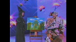 Kadr z teledysku Weird Flex tekst piosenki CatchUp feat. schafter