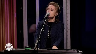 """Agnes Obel performing """"Familiar"""" Live on KCRW"""