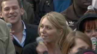 T-Mobile Sing-along Trafalgar Square (extended Version)