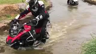 на мотоцикле по воде 2018