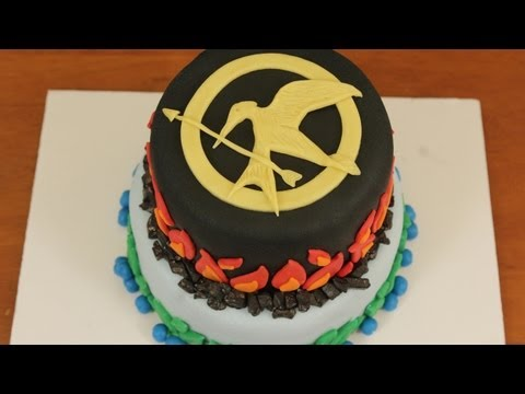 Cake Decorating Solutions Facebook : The Plain Cake  : HUNGER GAMES CAKE - NERDY NUMMIES -This ...