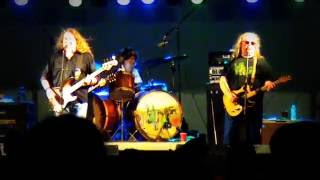 DON'T LET ME DOWN by THE KENTUCKY HEADHUNTERS @ APPLE FESTIVAL in NILES 2012