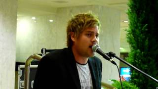 Theo Tams - Here We Go Again - Busking for Change (War Child benefit) - Sept 29, 2009