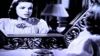 Judy Garland - Love is all around