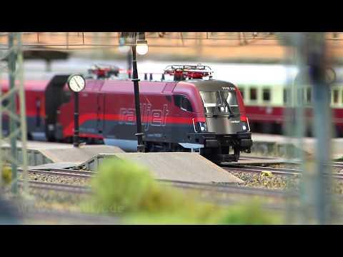 Am Bahnhof in Kleinreinstein - Eine wunderschöne Modelleisenbahn in Spur H0