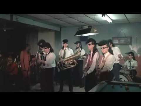 04 - Tequila - Leningrad Cowboys Go America [***VIDEO CUTE***]