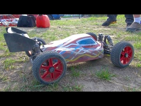 RC ADVENTURES - Predators Vs PREY - Losi 8iGHT-E 4x4 Buggy (FAST!)