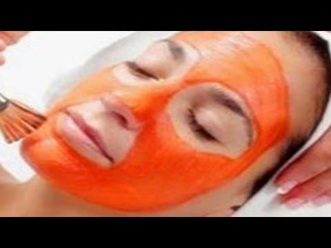 Le masque pour la personne avec le collagène akouly la graisse