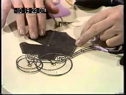 Terry Gilliam Teaches His Monty Python Animation Techniques (1974)