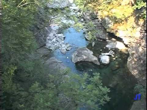 Val de Verzasca, Flusstauchen in Tessin, Schweiz 2004, Verzasca,Kanton Tessin (Flusstauchen),Schweiz