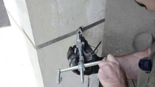 ИН-20 КВТ Инструмент для натяжения стальной ленты на опорах от компании VL-Electro - видео