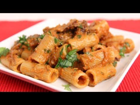 Short Rib Pasta Recipe [Leftovers] – Laura Vitale – Laura in the Kitchen Episode 657