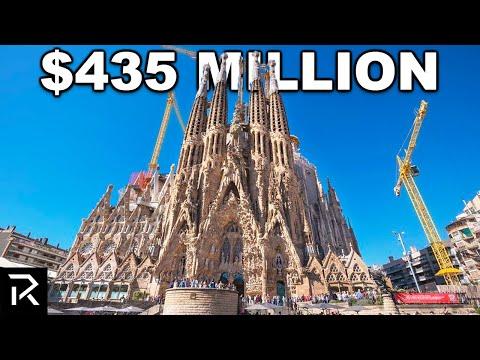 The Unbelievable History of Barcelona's Sagrada Familia
