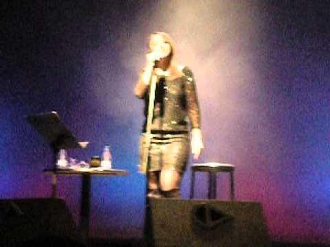 Chenoa - Yo te daré (Teatro Alameda, Málaga)