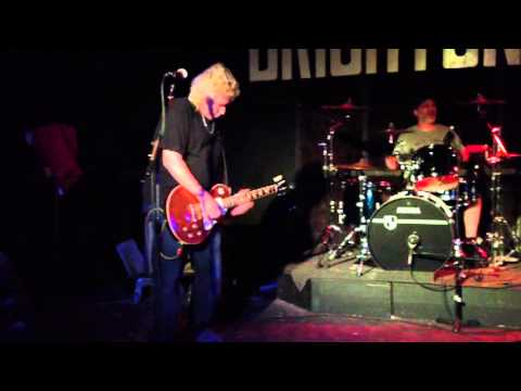 Bravado Blues - Aztec Queen (Live at the Brighton Bar)