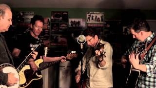 Hot Rize | A Roving on a Winter's Night [traditional, from Doc Watson]