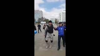 В Семеи народ с помощью видео трансляций  прогнал полицейских с митинга