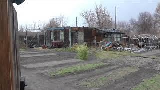 Сильный ветер сорвал каркас теплицы с места, Алтай, Барнаул.