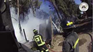 preview picture of video 'CB. La Granja apoyo a CB. Ñuñoa - Incendio 11-11-2012'
