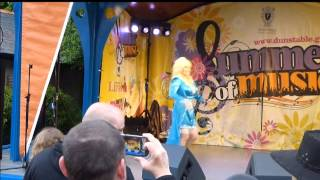 Dolly Parton 'LAY YOUR HANDS ON ME' Dunstable 'Live' Festival Dolly Tribute