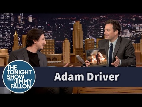 Adam Driver Points Himself Out in Star Wars Stills (видео)