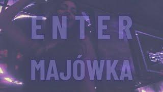 Kadr z teledysku Majówka tekst piosenki Enter