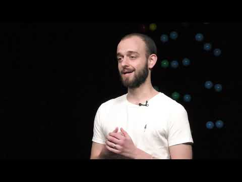, title : 'How to start your own business without investors | Nicholas Hänny | TEDxHochschuleLuzern