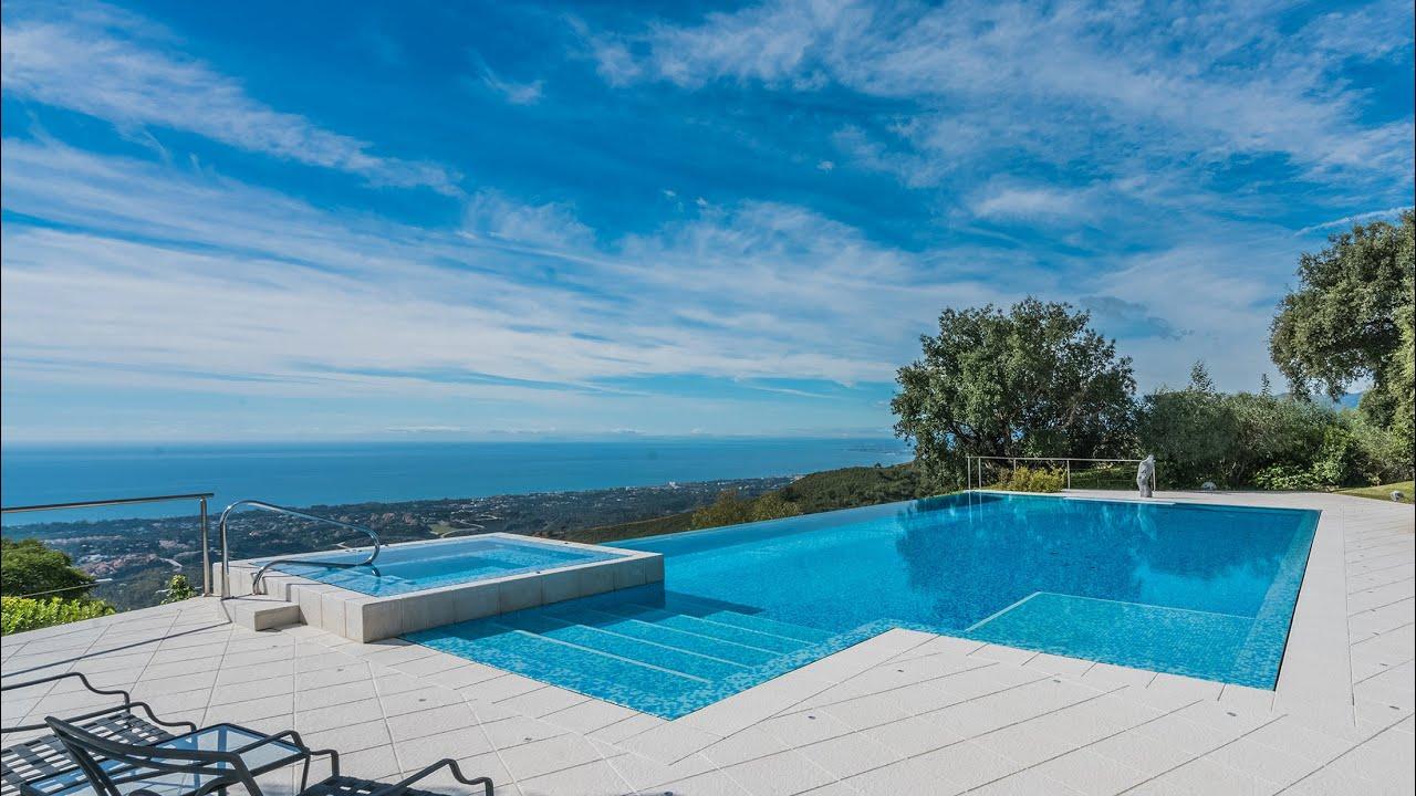 Fascinating Modern Luxury Villa, Altos de Elviria, Marbella East