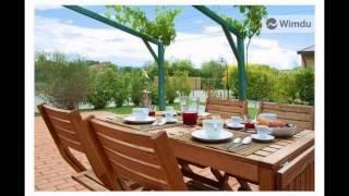 preview picture of video 'Casa Vacanze Le Scuderie'