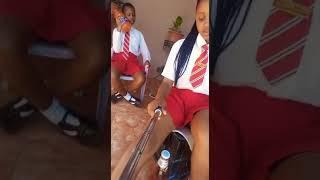 Xhosa school girls showing off😂😂
