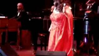 Aretha franklin Precious Memories live