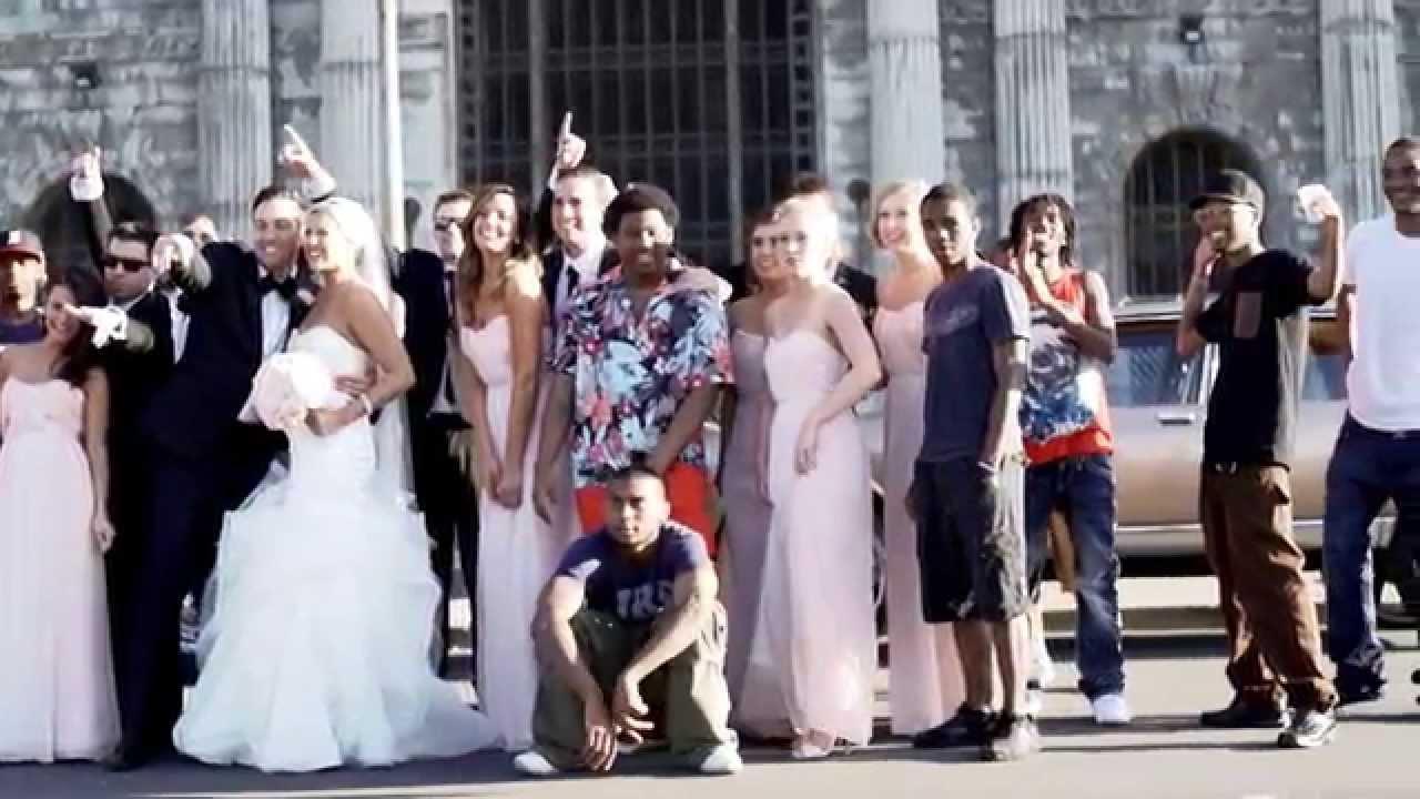 郊区婚礼党和底特律说唱歌手创造病毒乐器视频