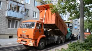 КАМАЗ 6520 + Асфальтоукладчик VOGELE SUPER 1600-3 Дубна 2015