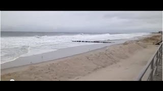 preview picture of video 'Rockaway Beach New York - iReporter - Hurricane Sandy - Sunday Afternoon 10/28/2012'