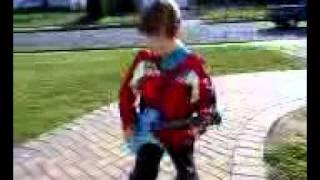 Little Boy Sings ZO2's Painted Lady
