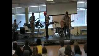 Basketball Jones performed at Georgiana Bruce Kirby Preparatory School in Santa Cruz, CA