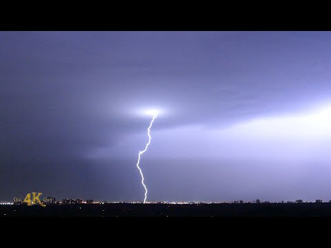 Toronto: Lightening show over Pearson YYZ airport 9-3-2019
