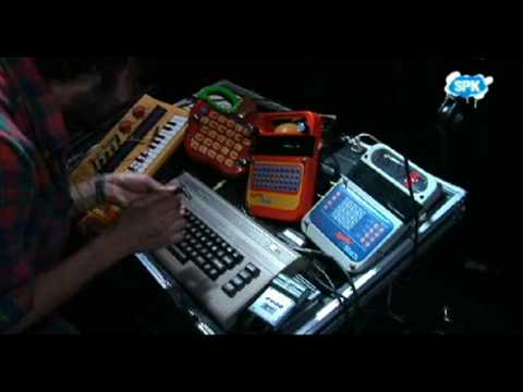 Vicente Gayo Sputnik tv Prodigy.MSN- Circuit Bending - Entrevista-