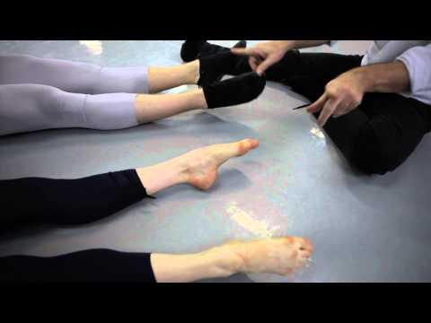 Lopération de léloignement des veines sur les pieds la réhabilitation