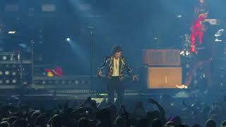 Harry Styles ~ Kiwi Kiwi Kiwi