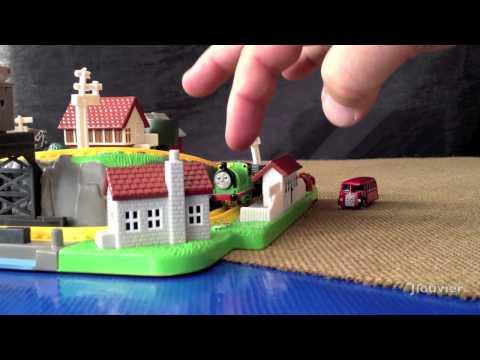 Thomas Bluebird Miniature Playset By ERTL - A Retro Thomas Product Review!