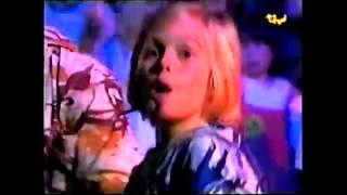 1998 :: Aaron Carter :: TiVi Interview 2/2 - Surfin' USA