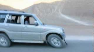 preview picture of video 'magnetic hill, leh, ladakh'