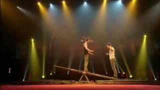 Baskultoo: Maxim Laurin et Ugo Dario au Festival Mondial du Cirque de Demain (intervue inclus)