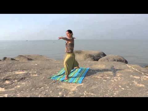 Хатха-йога. Комплекс на растяжку спины и ног