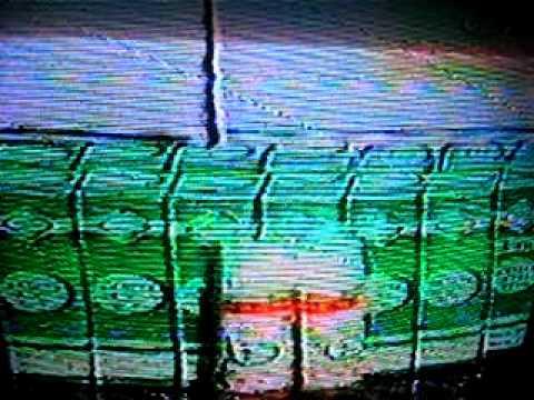 Patak ng halamang-singaw sa kanyang mga paa